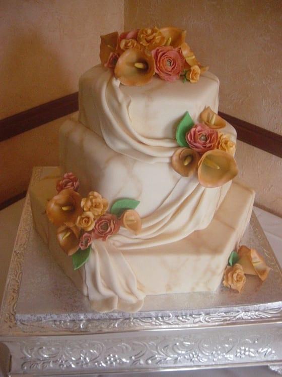 Calla Lillies Wedding Cake / My Sweet Zepol
