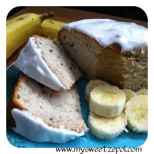 Creamy Banana Bread / (cream cheese banana bread) / My Sweet Zepol #recipe