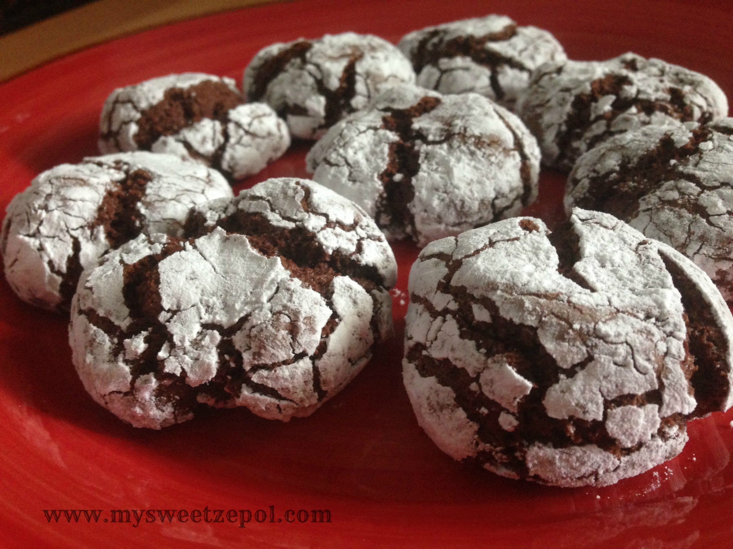 Chocolate Crinkle Cookies – My Sweet Zepol