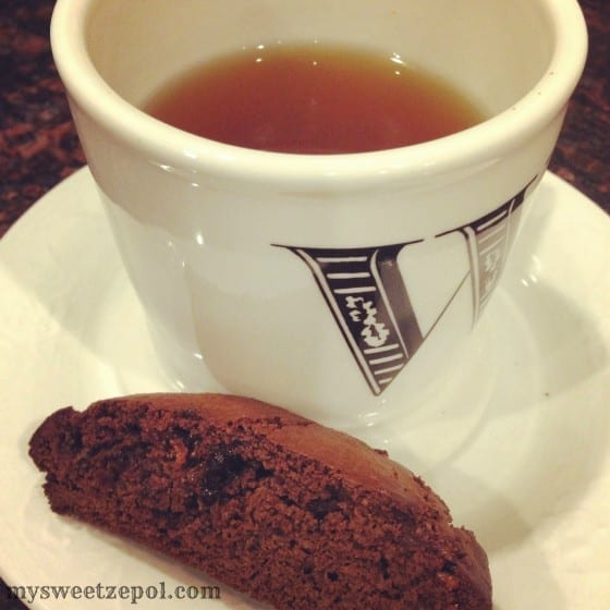 31-Days-of-Cookies-Mint-Chocolate-Toffee-Biscotti-with-tea-my-sweet-zepol