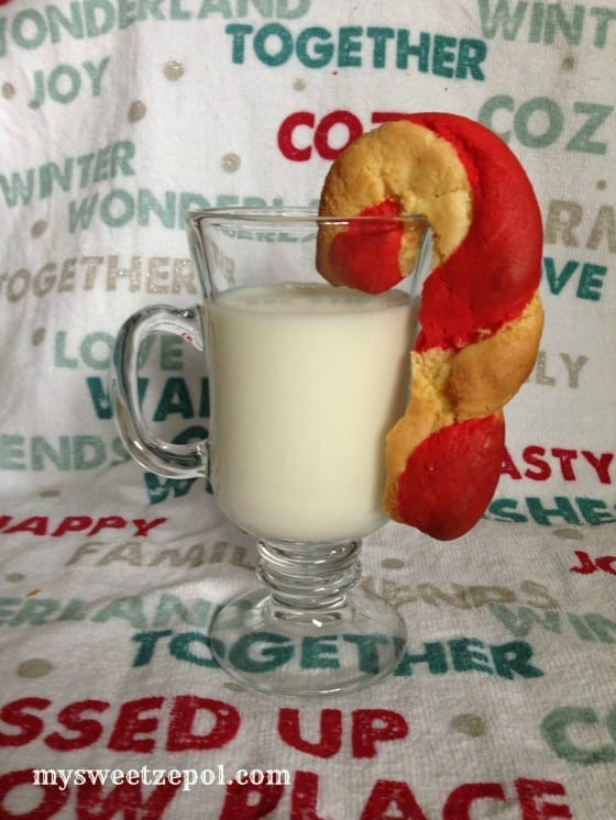 31-Days-of-Cookies-Candy-Cane-Cookies-with-cold-Milk-mysweetzepol