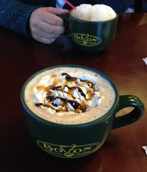 Coffee-time-with-a-friend-Boston-coffeehouse-mysweetzepol