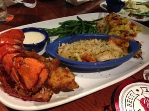 Lobster-in-Paradise-Red-Lobster-Lobsterfest-mysweetzepol