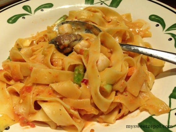 Olive-Garden-Pappardelle-Pescatore-mysweetzepol