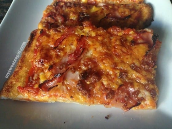 Bourbon-Ham-and-Bacon-Pizza-my-sweet-zepol