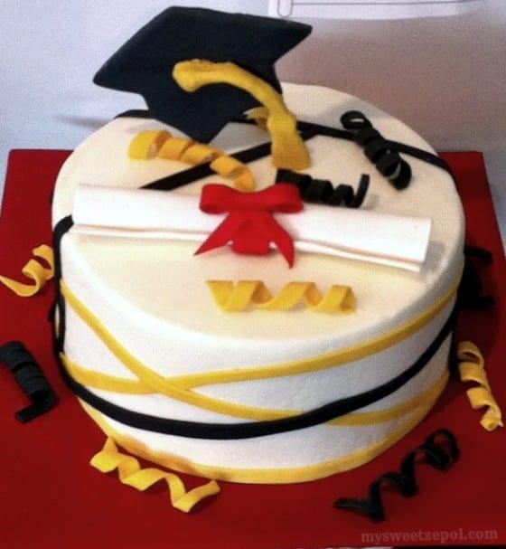 graduation cakes 2015
