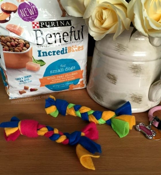 Felt Braided Rope Dog Toy / #DIY / Beneful IncrediBites Chicken / find it at Target / #AmorBeneful #FriendsWithBenefu #ad / by My Sweet Zepol