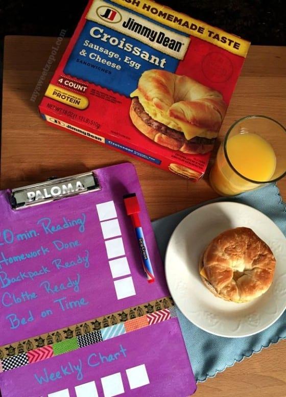 Jimmy Dean / breakfast solution / Back to School DIY Clip Board #FuelForSchool #CollectiveBias #ad / by My Sweet Zepol