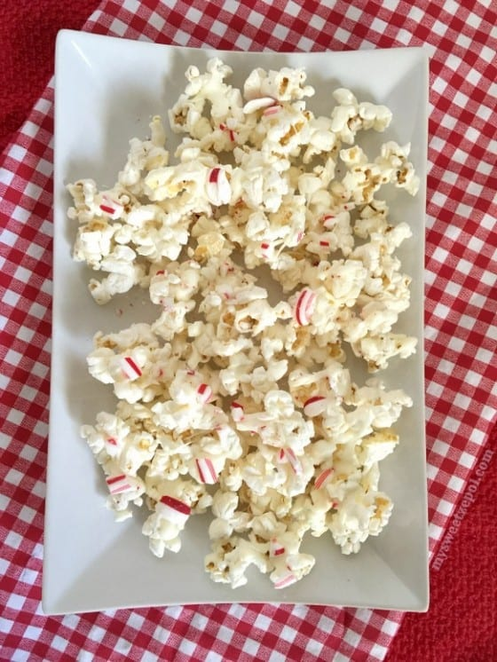 Peppermint Popcorn with White Chocolate Drizzle / by My Sweet Zepol