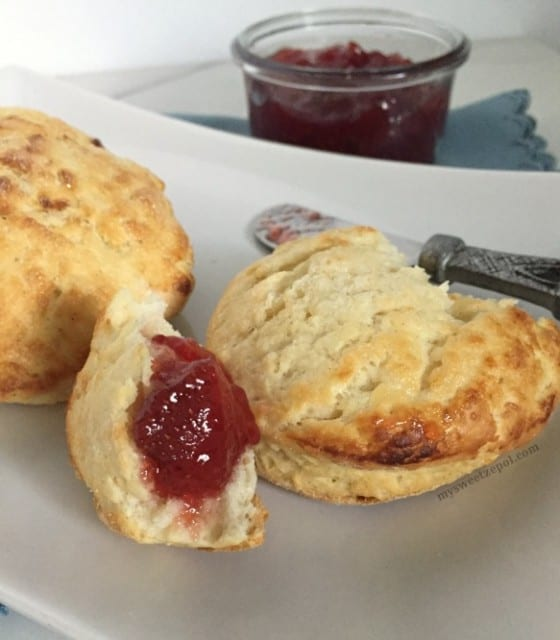 Homemade Buttermilk Biscuits / perfect for breakfast, brunch, lunch, dinner or just on its own. Super easy to make. / by My Sweet Zepol - blog