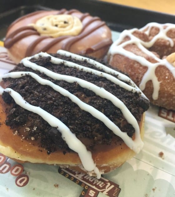 Cookie Jar Doughnuts / OREO Cookies and Kreme from Krispy Kreme / My Sweet Zepol #cflb #KrispyKremeOrlando