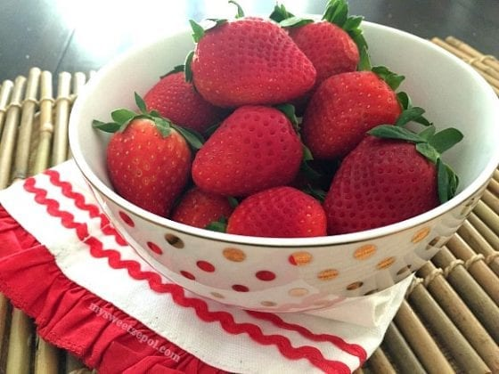 Fresh local strawberries, ready to be enjoyed and perfect in any recipe / My Sweet Zepol #foodblog
