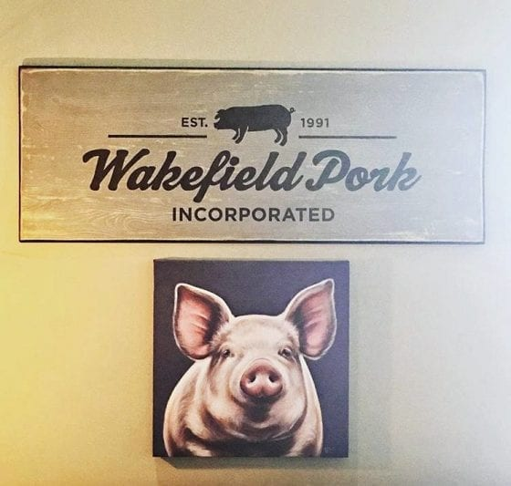 Your food comes from a farmer's hands #PassThePork tour - Wakefield Pork Inc. in Minnesota / #realpigfarming / My Sweet Zepol #foodblog