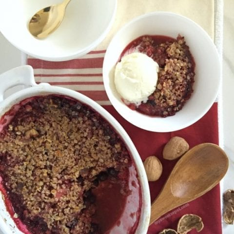 Berries, Walnut and Oats Crumble Cobbler