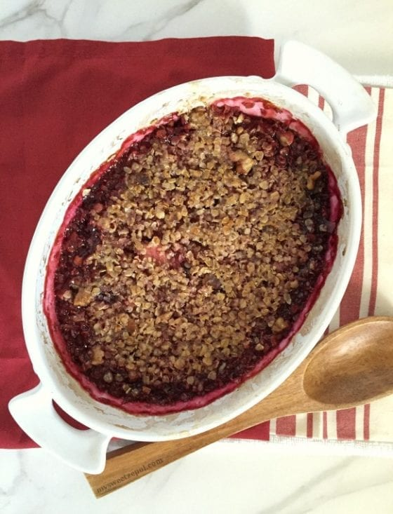 Msg 4 21+ Berries, Walnut and Oats Crumble Cobbler is the perfect dessert to enjoy with family and friends specially during the holiday season. Super easy to make and best when enjoyed with good company. / #SutterHomeForTheHolidays #CollectiveBias / by Wanda from My Sweet Zepol / AD