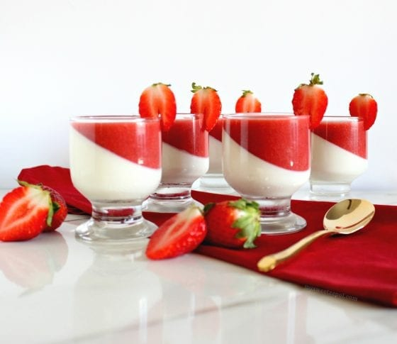 Strawberry Vanilla Panna Cotta - European dessert perfect for any dinner party or gathering. / a vanilla smooth custard with fresh strawberry sauce / by My Sweet Zepol #foodblog