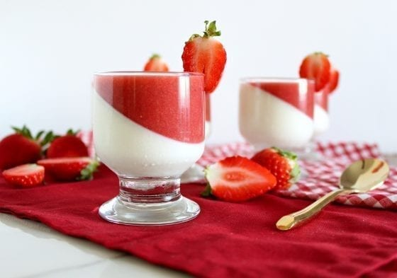 Strawberry Vanilla Panna Cotta - European dessert perfect for any dinner party or gathering. / a vanilla smooth custard with fresh strawberry sauce / by My Sweet Zepol #foodblog #recipe