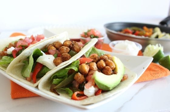Roasted Chickpea meatless Fajitas perfect for Lent season and everyday of the year. / Super easy to make and packed with flavor... you won't miss the meat at all / #CocinoConKnorr #CollectiveBias ad / by My Sweet Zepol - food blog @Knorr