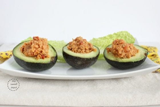 Sriracha Tuna Stuffed Avocados, healthy eating in minutes, find the recipe for this and more healthy meals in mysweet.com