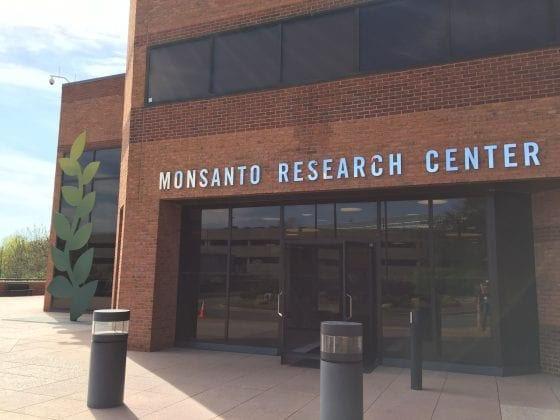 Monsanto Research Center and what you may not know about what they really do in here / The Science Behind Food #FarmFoodTour
