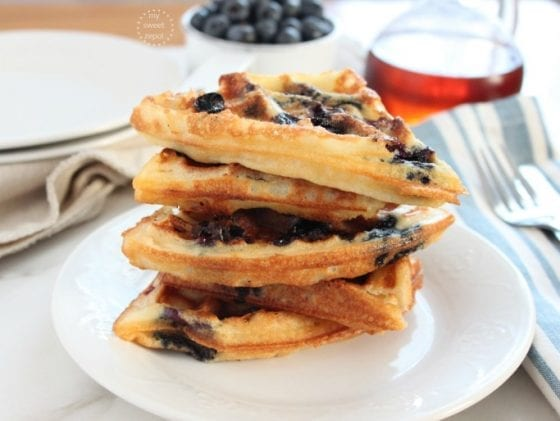 Blueberry Belgian Waffles are sweet, tangy, light, airy and the perfect brunch meal. Or for dinner too, why not! more at mysweetzepol.com