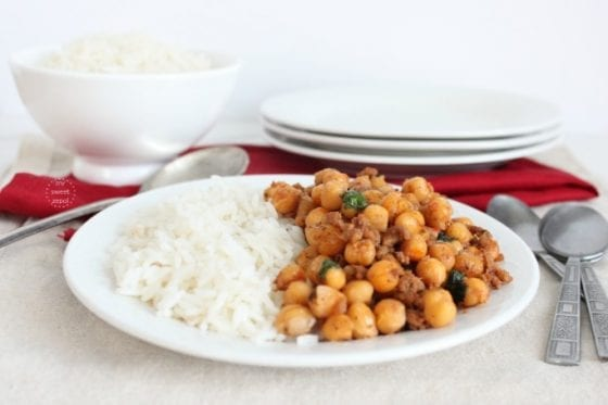 Chickpeas with bacon and ground meat served with rice / more at mysweetzepol.com