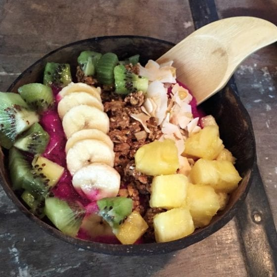Pink Dragon Smoothie Bowl by Create Your Nature #getyourbowlon #CFLB