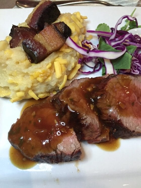 Sliced Tenderloin with Port Wine Glaze and Mashed Potatoes from Charley's Steak House / Talk of the Town #SupportLocalEatLocal find more delicious food at @mysweetzepol.com