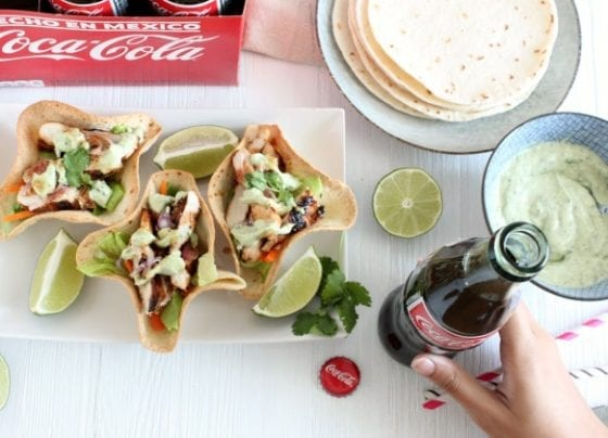 Sriracha Grilled Chicken Taco Bowls with Creamy Avocado Sauce with Coca Cola #ServeWithACoke #SoloConCocaCola #CollectiveBias