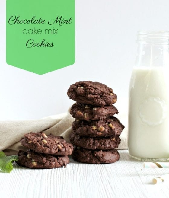 Get started in the holiday baking with this super easy chocolate mint cake mix cookie recipe. Perfect for cookie swaps and potlucks. Find more at mysweetzepol.com #foodblog