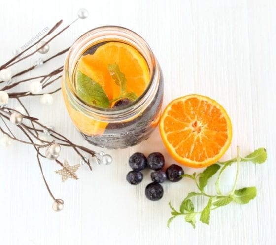 Blueberry and Orange Water Detox. Check out this 5 Healthy Detox Water Recipes with Fresh Fruits. Grab them at mysweetzepol.com #detoxing #healthyliving
