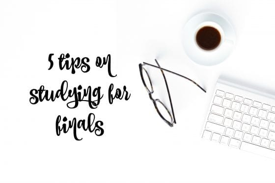 5 tips on studying for finals for those that want to finish school like a winner! You know it's you. Go grab this tips and be the BOSS! #school #tips #schoolfinals #studyingtips
