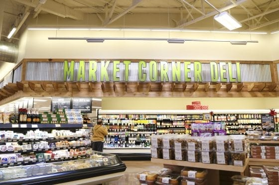 Sprouts Farmers Market is coming to town. When you are looking for #healthyfood and find out Sprouts Farmers Market is coming to town soon you know you are in good hands. Sprouts Farmers Market in Winter Park, Florida. Do you have a Sprouts in your neighborhood? #LoveSprouts #NewKaleInTown #SproutsWinterPark