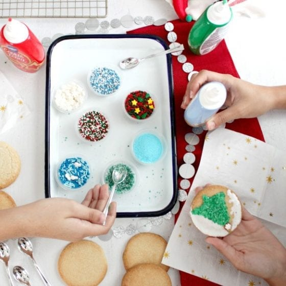 Cookie Decorating Party for the Holidays / Second Harvest Food Bank
