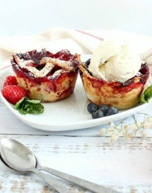 Berries Vanilla Pies is tangy, sweet, creamy, and the crust is buttery. Making it the perfect #BackToSchoolTreat by My Sweet Zepol