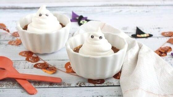 Ghostly Pumpkin Custards is a wonderful entertainment dessert #HalloweenTreatsWeek