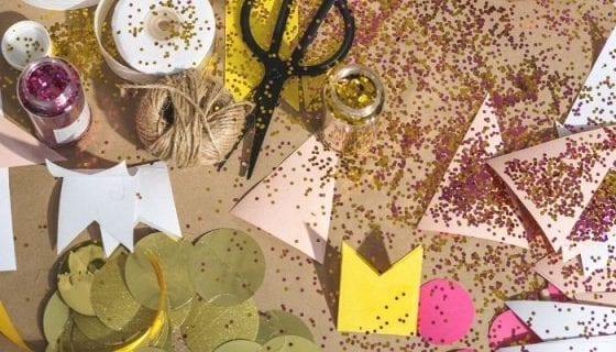 Scrapbooking gift ideas for the holidays. Scrapbooking and gift wrapping supplies