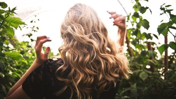 Why and how to treat your curls during the cold season!