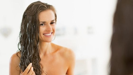 how-to-treat-your-curls-during-the-cold-season