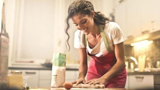teenager cooking, baking, baking flour, egg, rolling pin, kitchen, apron